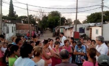 Planifican la construcción de viviendas sociales para erradicar asentamientos