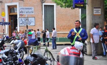 Paro y corte de calle en el Correo Argentino