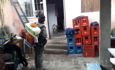 Confirmaron un caso de dengue en el barrio San Benito y activaron un bloqueo en la zona