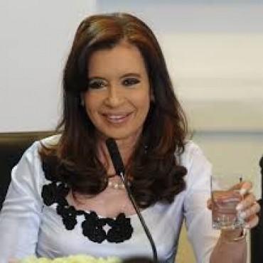 El juez Bonadio citó a indagatoria a Cristina por el dólar futuro