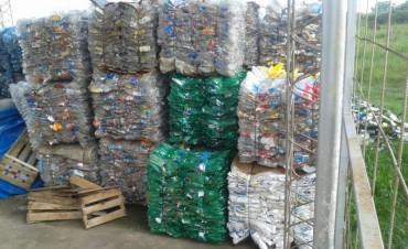 Profundizan programa de gestión de residuos en Carlos Pellegrini