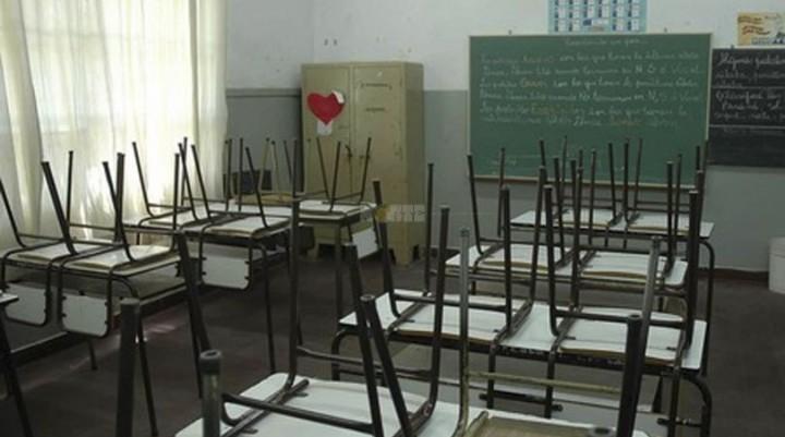 El Gobierno daría 12% con el plus como mejor propuesta salarial a los docentes