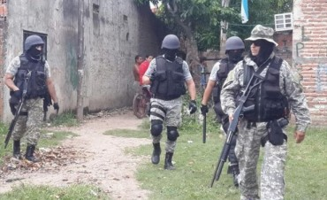 Conflictivo operativo policial en busca de un joven: cuatro detenidos, entre ellos el abuelo