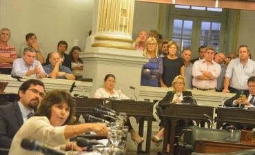 Tras fuertes cruces, diputados rechazaron los dos proyectos de intervención de Itatí
