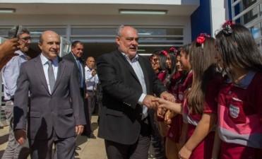Colombi inauguró una escuela en Libres y anunció más inversiones en educación
