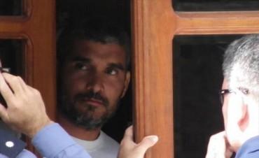 Esquina: hirió de 7 disparos a su pareja embarazada y se atrincheró en un hotel