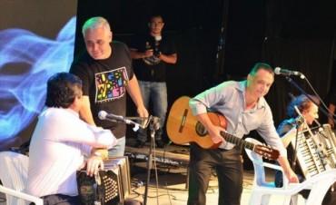 Multitudinario inicio de los festejos por el aniversario de la Ciudad de Corrientes