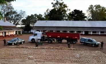 Hallaron más de 6 toneladas de droga en un camión arenero en Santo Tomé
