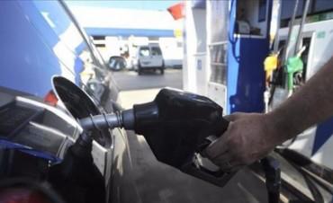 Los combustibles sumaron otra suba de entre 1 y 1,10 peso por litro