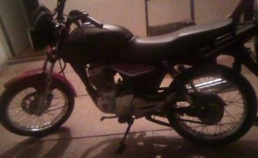 Arquitecta baleada: secuestran la moto utilizada por motochorros