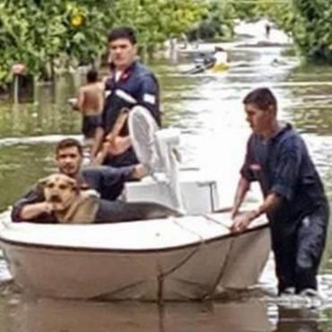 La continuidad de la lluvia agravó el estado del departamento Esquina y crecen los evacuados