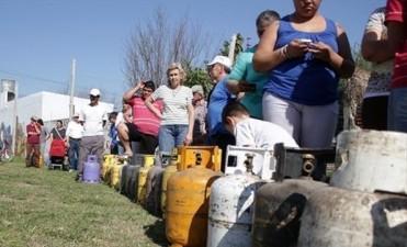 Demandan controles que garanticen stock para la venta directa de gas en garrafa