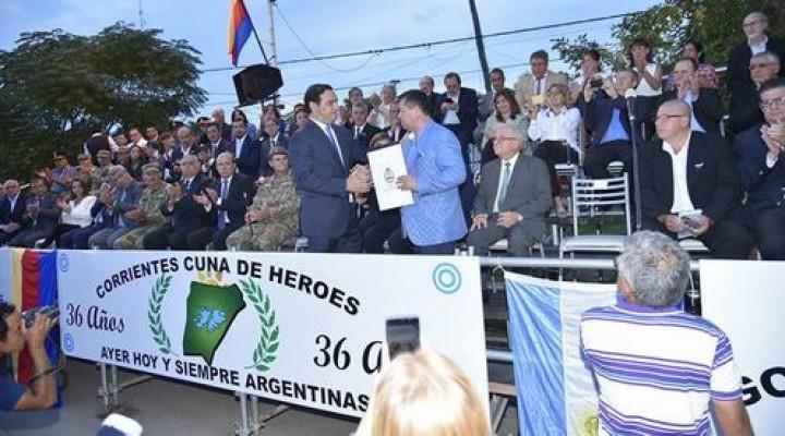 Imponente homenaje a los héroes de Malvinas