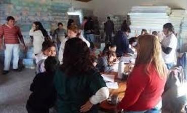 Quedan 24 familias evacuadas en Santa Lucía y Pueblo Libertador donde sigue la asistencia
