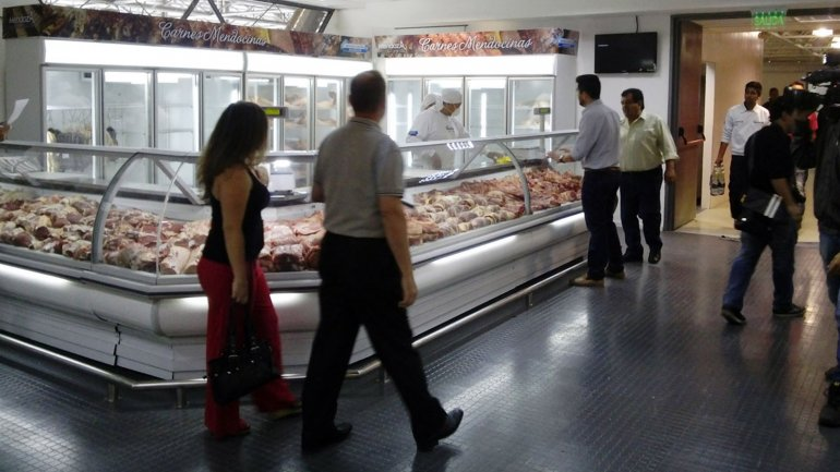 El consumo en centros de compras cayó más de 7% en el primer trimestre