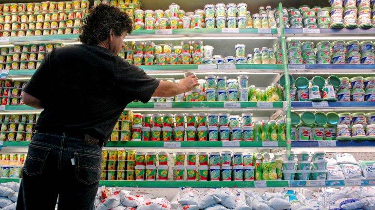 La caída del consumo le pone un freno a los precios: hay más rebajas y promociones