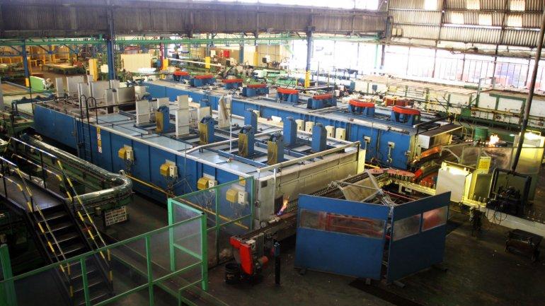 Según la UIA la producción industrial cayó en marzo un 3,8% interanual