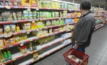 Aseguran que por mes, los alimentos de primera necesidad suben 5% en Capital