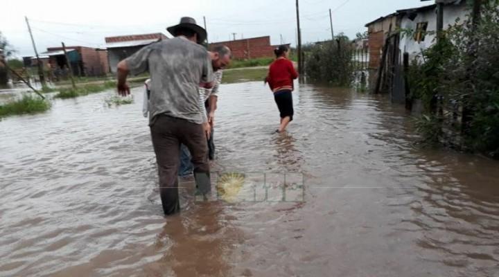 Alerta en Curuzú Cuatiá por el desborde de dos arroyos por la intensa lluvia