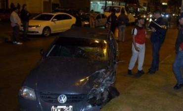 Violento accidente de un chico que conducía auto cargado de droga