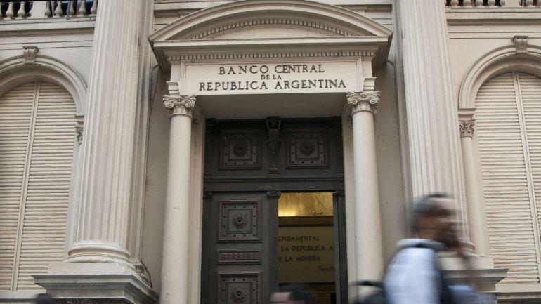 En mayo las reservas cayeron más de USD 4.000 millones