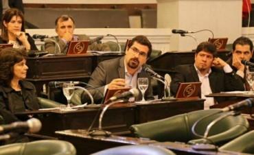"""Barrionuevo denuncia falta de transparencia:""""El Gobierno oculta más de 1.000 decretos"""""""