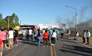 Sanroqueños volvieron a cortar la Ruta 12 para que eleven de categoría al hospital y ratificaron que seguirán manifestándose
