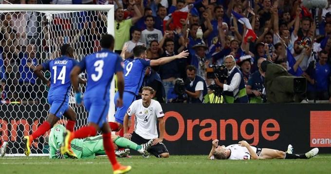 Francia volteó al campeón del mundo y es finalista de su Euro