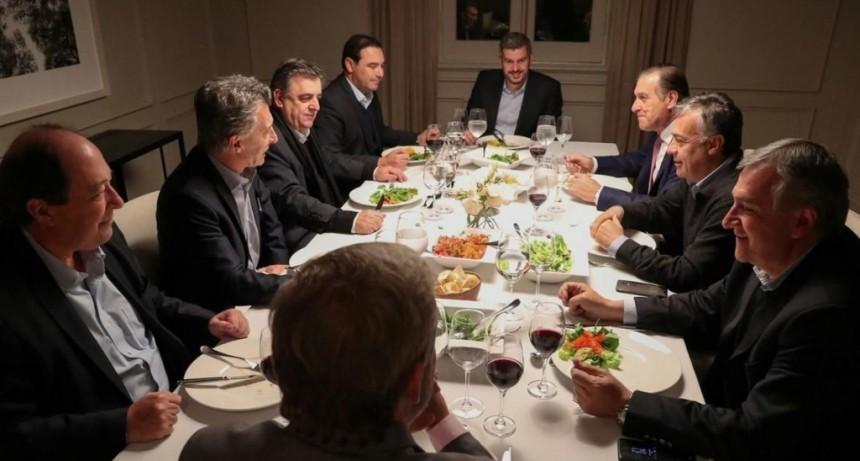 Valdés y la cúpula de la UCR analizaron los números del presupuesto en Casa Rosada