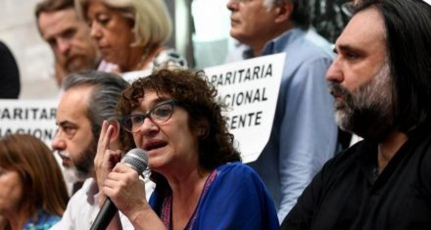 Los docentes abren una protesta que arrastraría a todo el país
