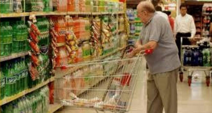 Confianza de consumidores cayó 24%