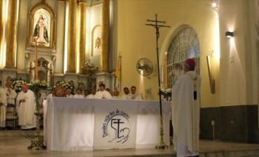 La Iglesia pide una sociedad libre de carencias espirituales y mayor diálogo