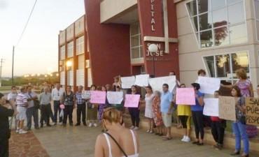 Los médicos del hospital San José reiteran las amenazas de renuncia