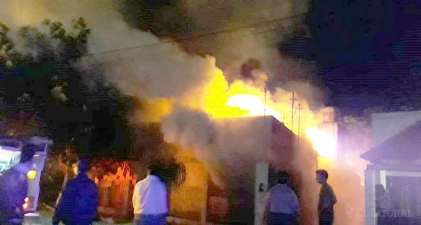 Tragedia en Goya: dos bebés murieron calcinadas en el incendio de una casa