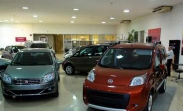 Mermó la venta de autos por la incertidumbre de las elecciones