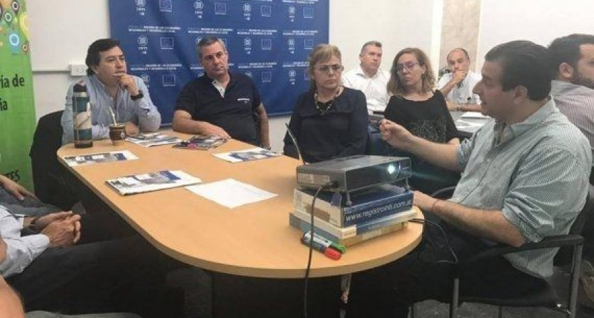 Empresas textiles locales participaron de una primera reunión de diagnóstico