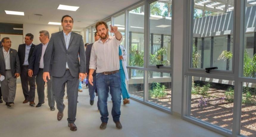 En Curuzú Cuatiá, Valdés garantizó el funcionamiento del Oncológico