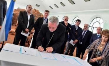 Stanovnik visitó a Colombi y a Ríos parareiterar pedido de atención a los pobres