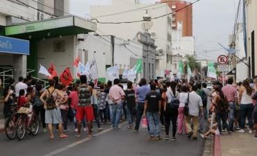 En Corrientes, marcharán con un ojo en el Congreso
