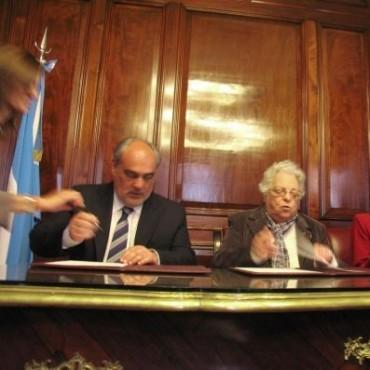 Colombi y Argibay suscribieron convenio entre la Corte Suprema y Corrientes