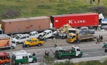 Tras choque en cadena cuatro personas fallecidas