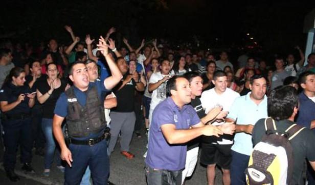 En Chaco y Entre Ríos suspenden los aumentos a policías por la extorisón