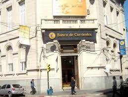 Casas de cambio ya venden dólares para ahorro, bancos esperan adecuar el sistema