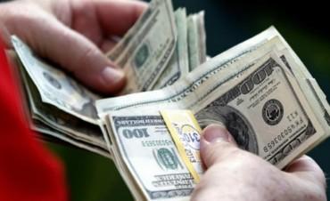 Marcha atrás con el descenso del 35 al 20 por ciento para compras con tarjeta en el exterior