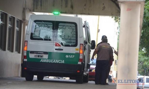Seis jóvenes internados por un auto que chocó contra un poste de luz