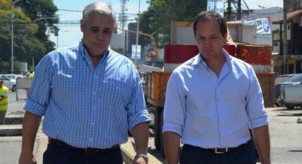 Camau Espínola sigue en silencio y tiende puentes con Fabián Ríos