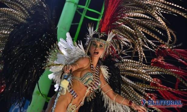 Corrientes se viste de carnaval mientras comienza a despedir al chamamé
