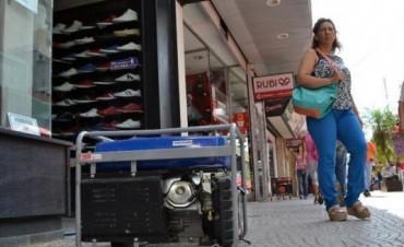 Un corte de energía afectó a usuarios de distintos barrios y generó malestar