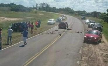 Un choque entre dos autos dejó tres muertos cerca de Paso de la Patria