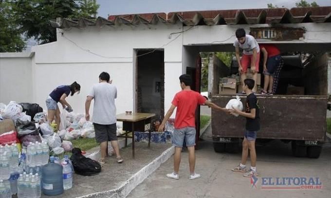 La movida solidaria por los evacuados se trasladó a las canchas y a los escenarios